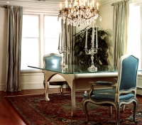 Stamford Residence, Dining Table
